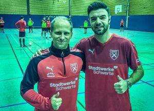 Futsal I Nationalspieler Gündüz wird ein Holzpfosten